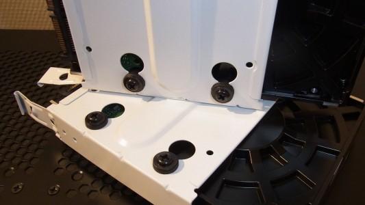 Festplatten im Montageschlitten